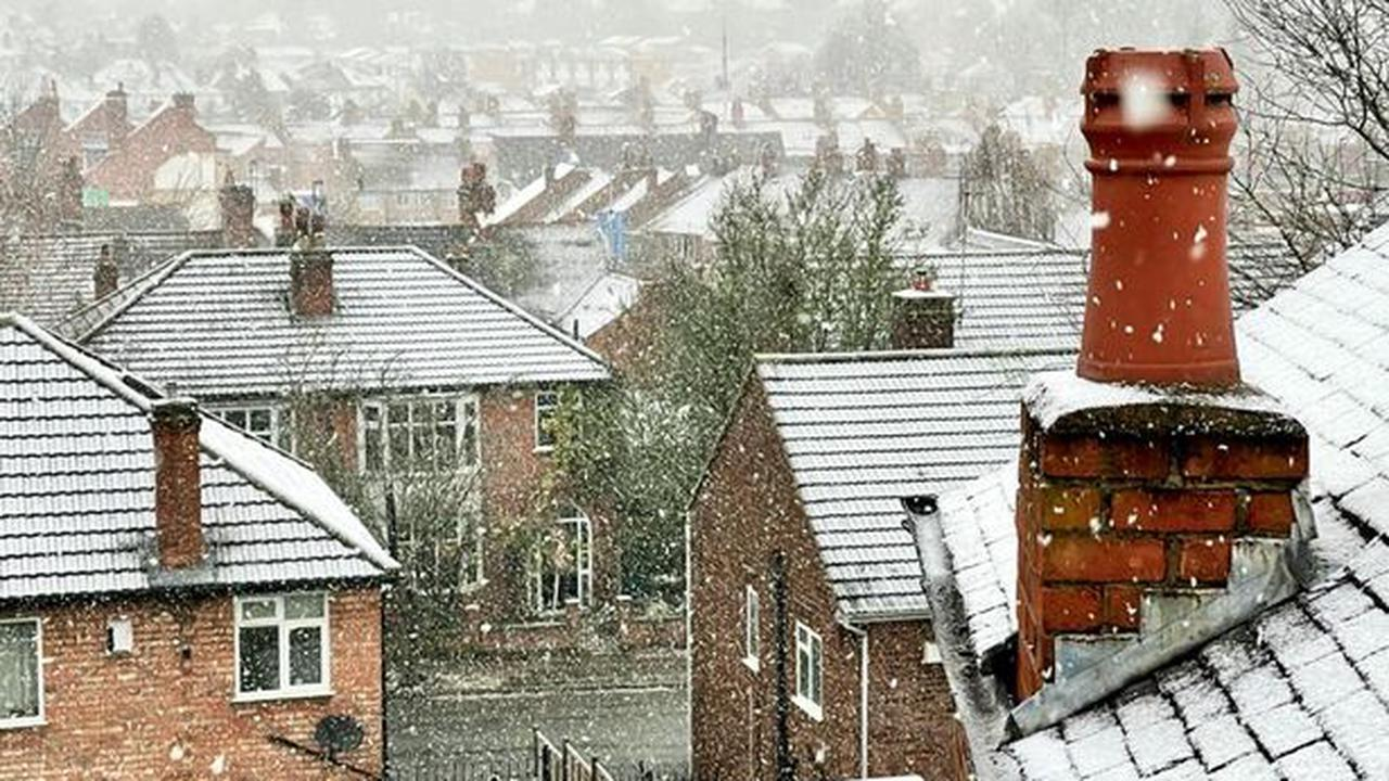 Hour-by-hour forecast as snow falls in Leicester and county