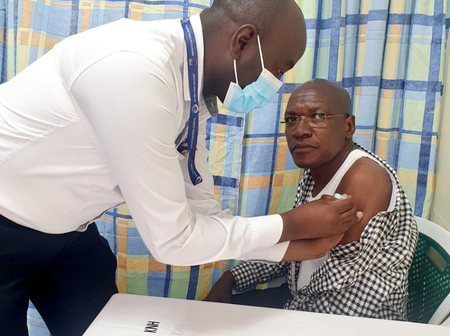 Dr.Boni Khalwale's Daughter Reacts After His Father Posted Recieving A Covid-19 Vaccine Injection