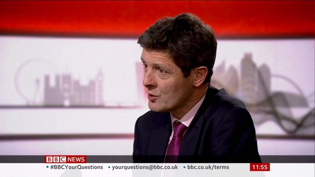 Covid: UK at 'pre-peak stage of third wave', warn scientific advisers