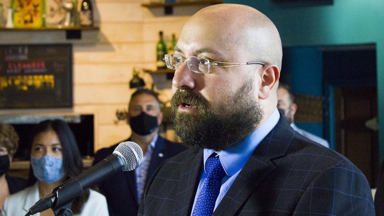 Controverse à la CSEM : Joe Ortona se défend, mais reconnaît une erreur