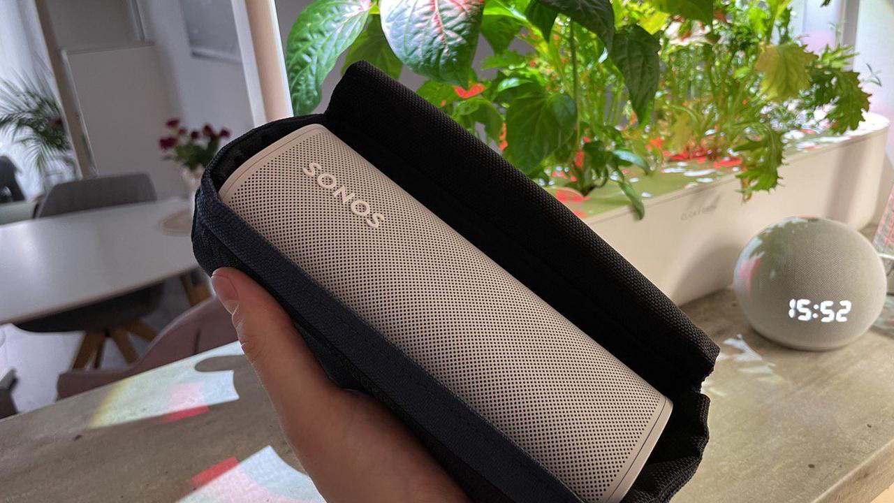 Adore June Vidar: Kompakte Schutzhülle für den Sonos Roam