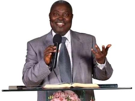 Pastor Kumuyi condemns liars, asks them to repent