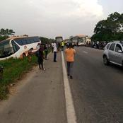 Deux cars de transport se percutent sur l'autoroute du Nord ce vendredi