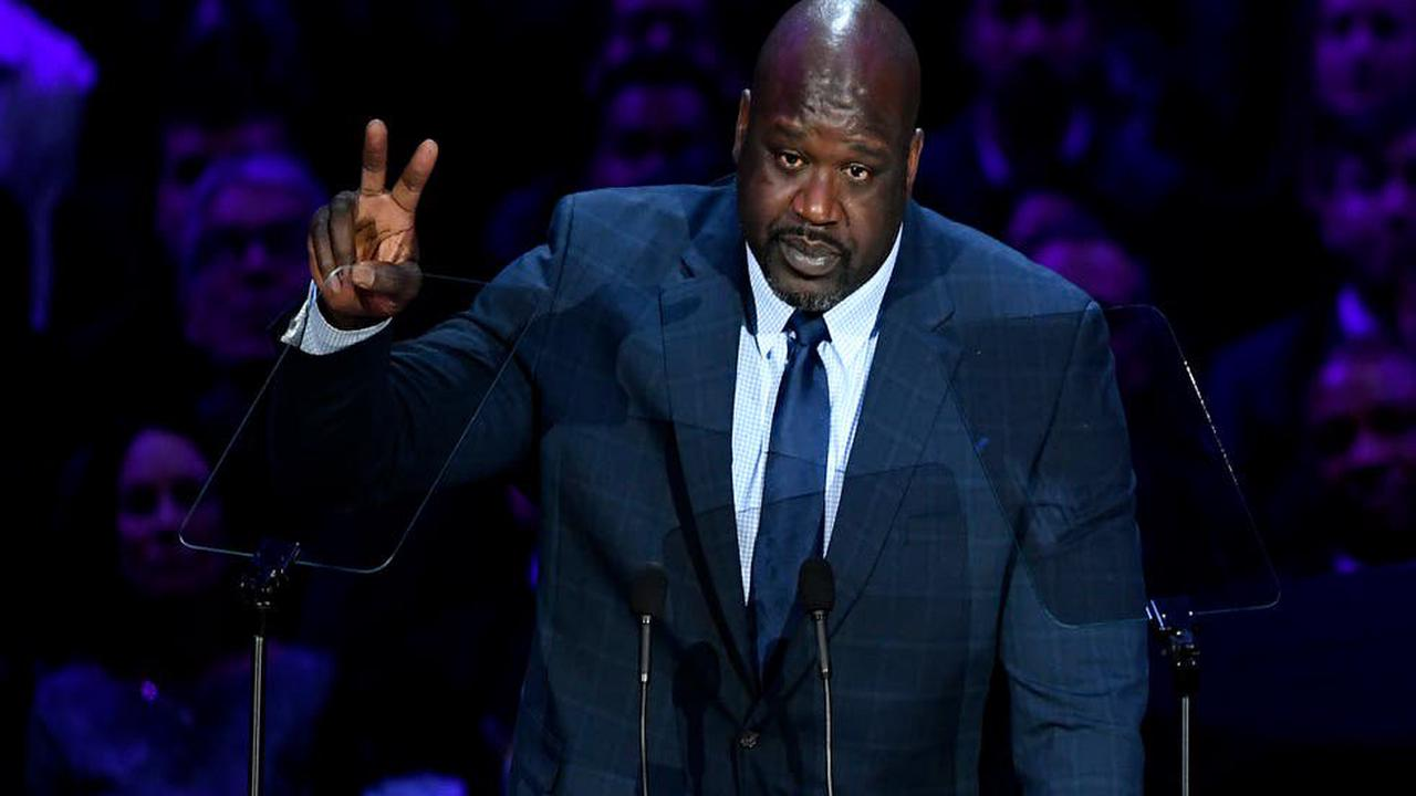 Shaq pays for man's engagement ring in touching jewelry store video