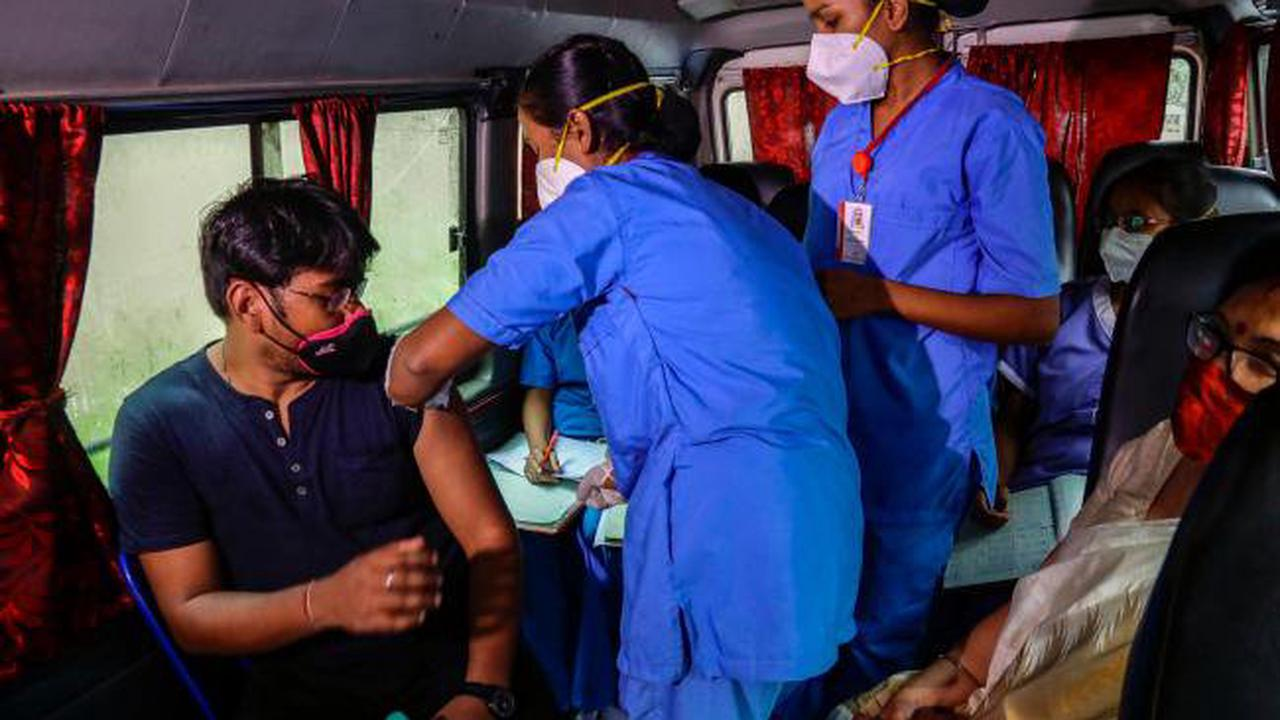 Policy switch aims to boost India's Covid-19 vaccinations