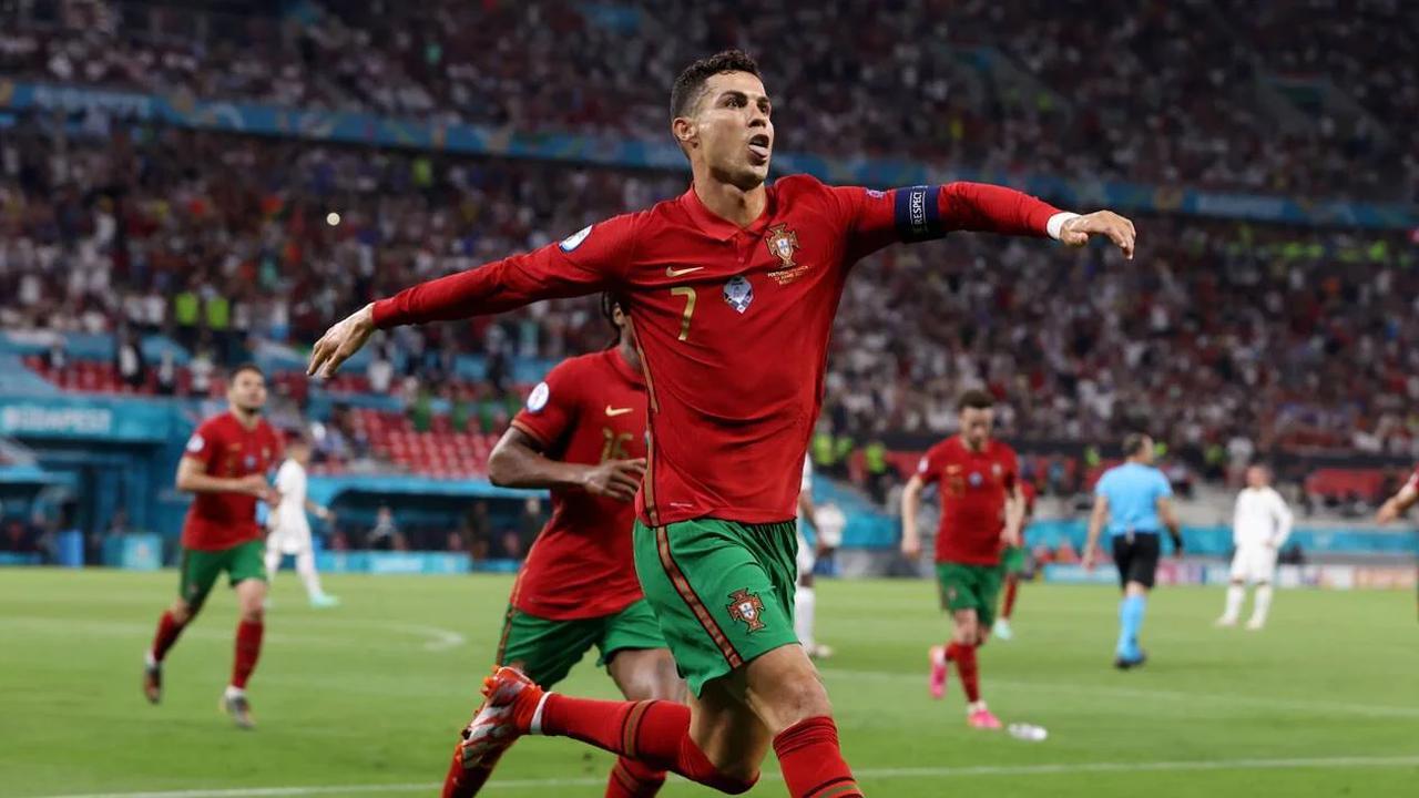 Euro 2021. Cristiano Ronaldo, avec 109buts en sélection, égale le record de l'Iranien Daei
