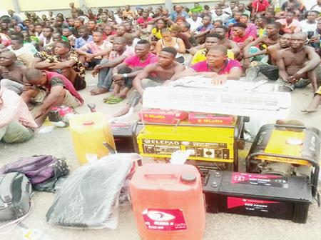 Just In: See People's Reaction As Police raid Lagos Black Spots, Arrest 720 Suspects