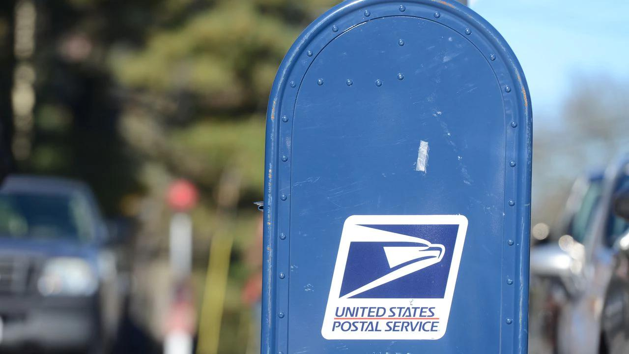 Brooklyn man sentenced for robbing Liverpool mailboxes while dressed as mail carrier, feds say