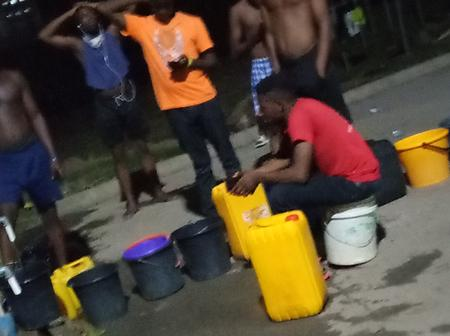 UniAbuja: Students Queue Up At Midnight To Fetch Water As Water Scarcity Hits Hard