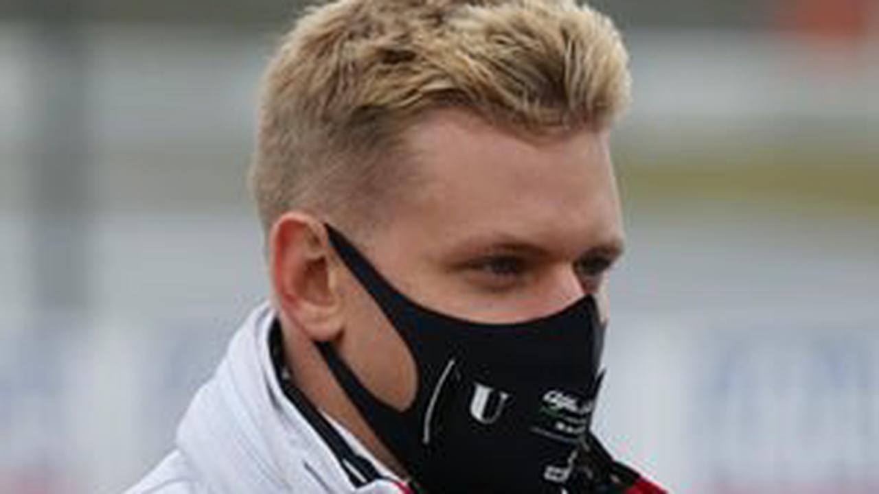 Haas boss scolds Schumacher after Hungary crash