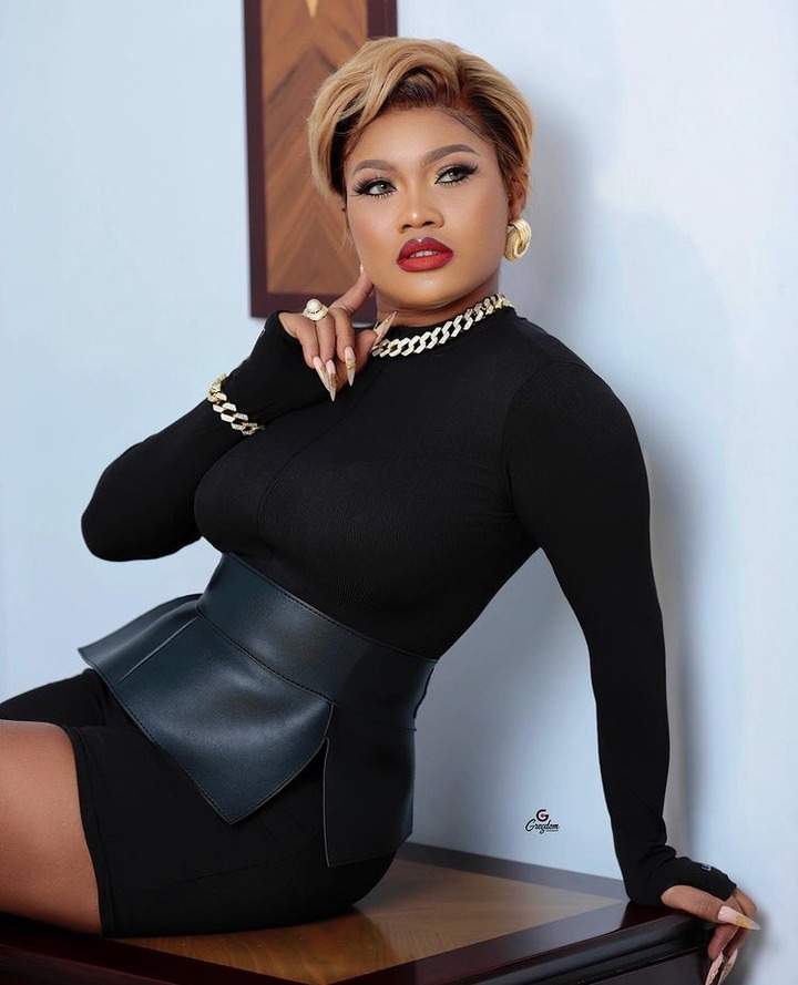8b73b18aec9d4ee69d66da5fa05497b8?quality=uhq&resize=720 - Sandra Ababio Is All Shades Of S£xy In This Black Mini Outfit