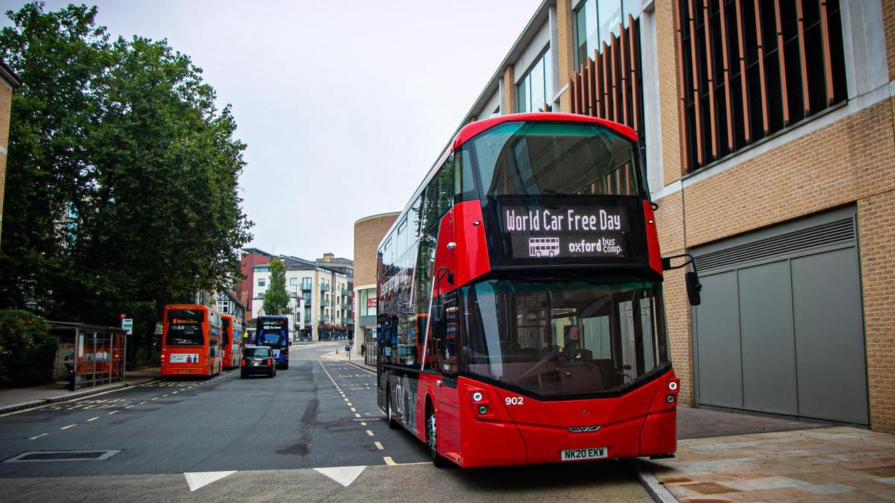 Taking bus from Abingdon to Oxford saves equivalent CO2 as making 780 cups of tea, say bus operators