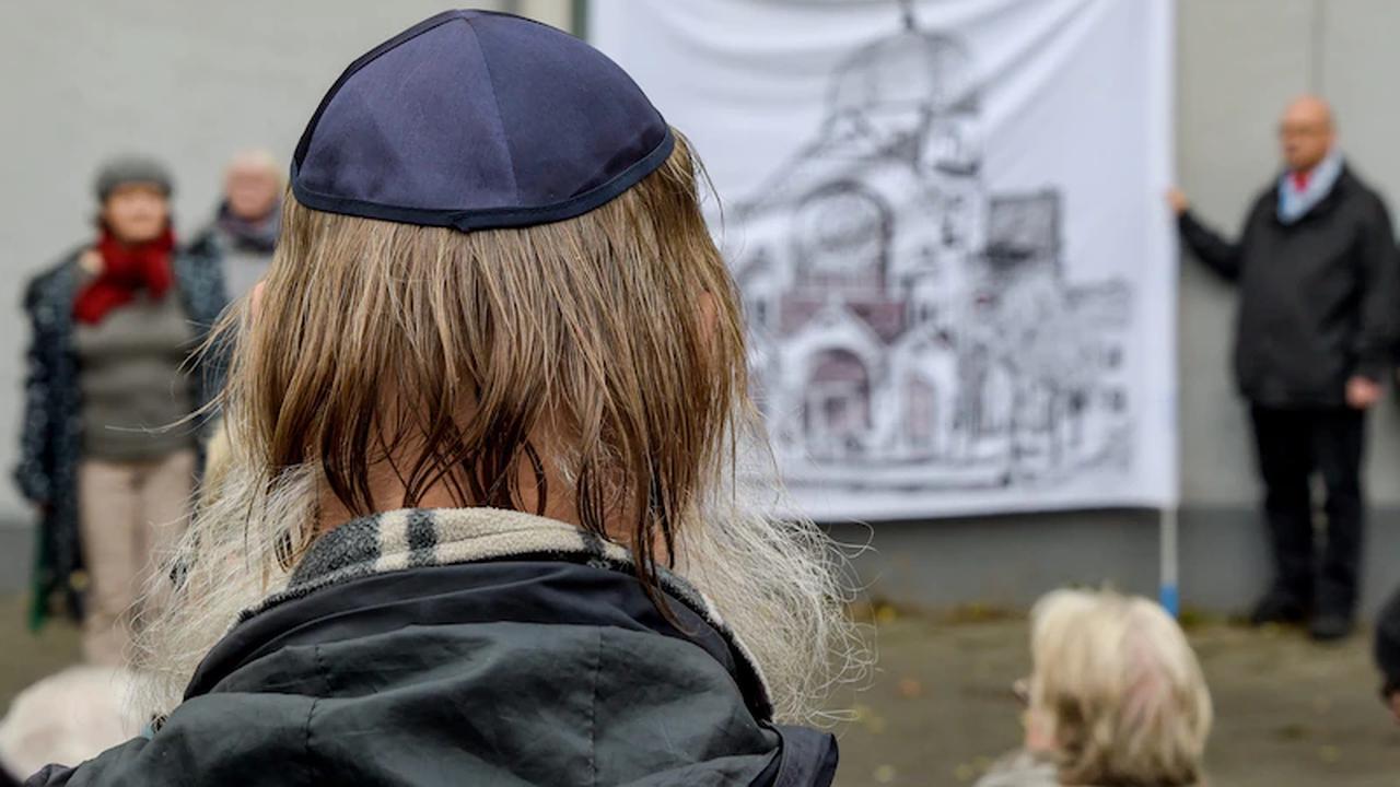 """""""Sie riefen 'Scheiss Juden'"""": Mann bei Mahnwache für Israel brutal angegriffen"""