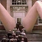Is It A Real Place Of Worship? - See Strange Photos Of How This Church In USA Was Built