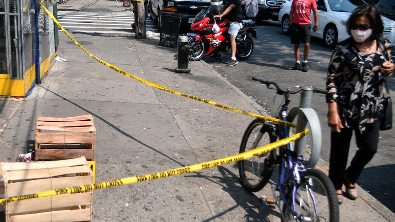 Alleged gang members who injured 10 people in New York shooting fled on scooters, police say