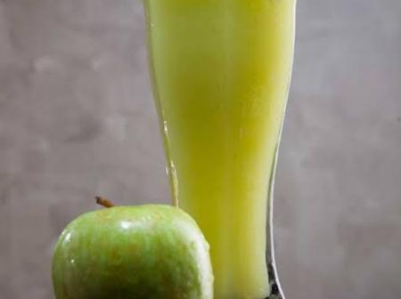 How To Prepare A Homemade Apple Juice