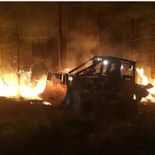 Man Trying to Escape Wildfires as his Truck Melts has One Option Left