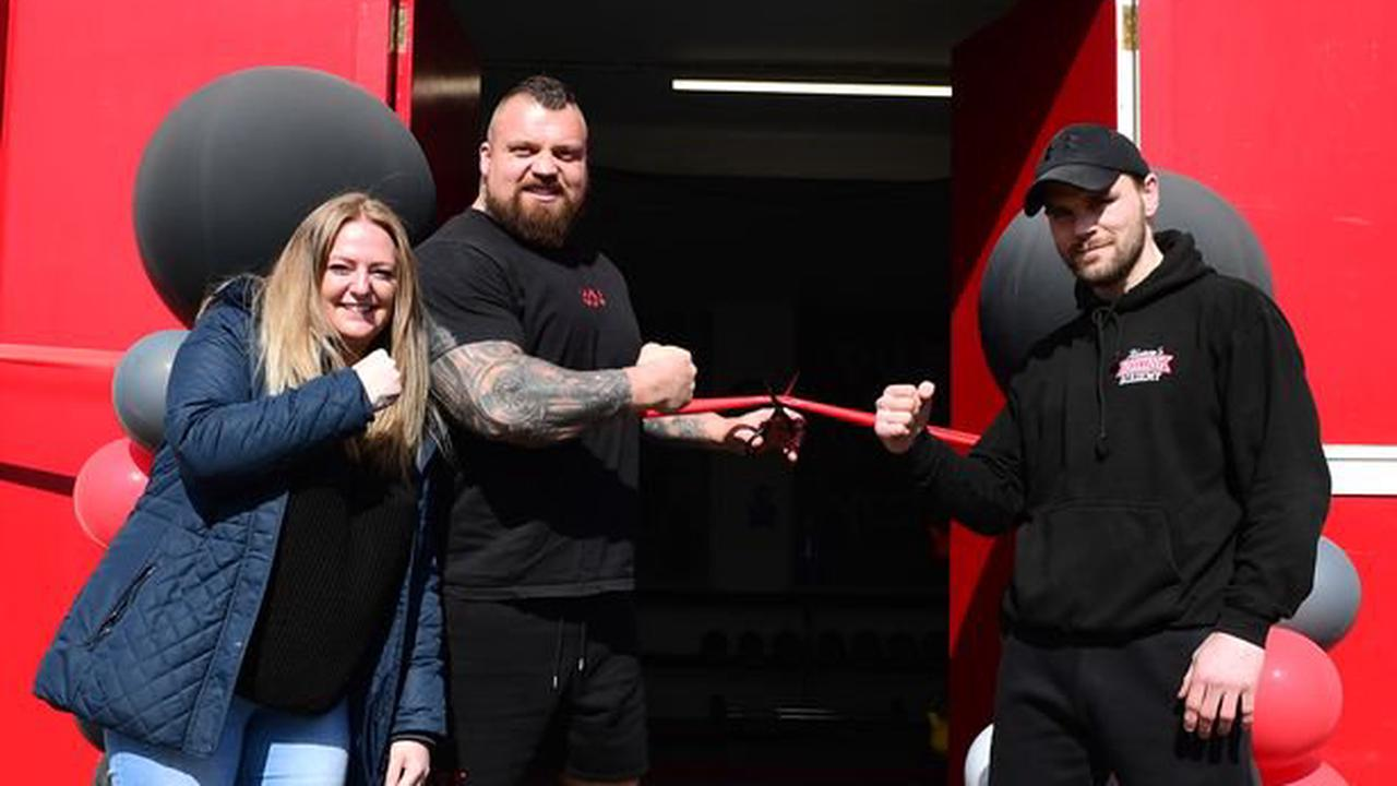 Strongman Eddie Hall opens boxing academy's new gym