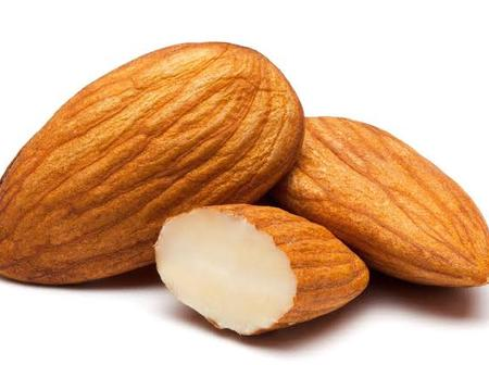 5 Health Benefits That Comes With Eating Almond Fruit