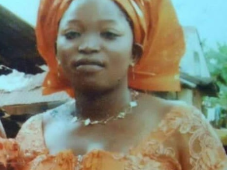 Check Out What Husband Did That Made His Wife Stabbed Him To Death