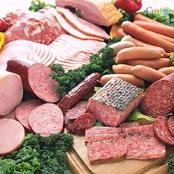 هذا النوع من اللحوم لا تدخله البيت أبدا ... يسبب سرطان القولون والمعدة