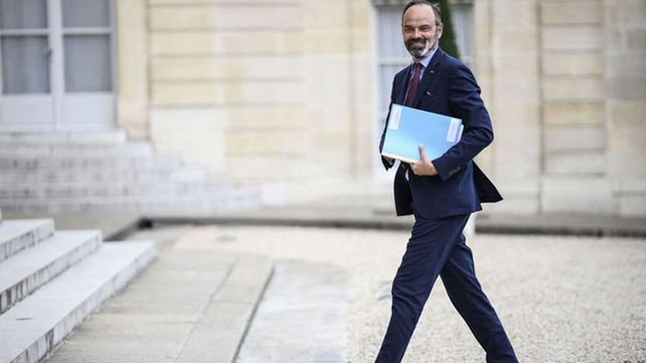 Edouard Philippe va être décoré par Emmanuel Macron mardi