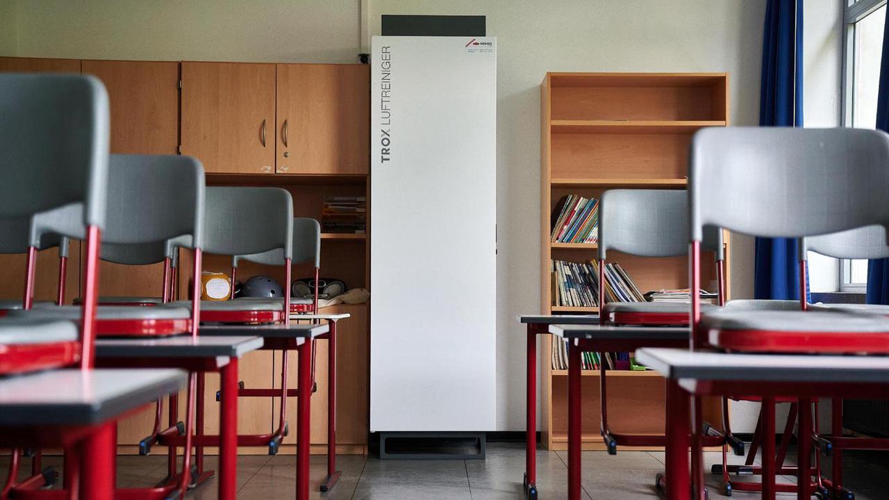 Einzelfall oder nicht? Weiter Wirbel um illegale Querdenker-Schule in Bayern