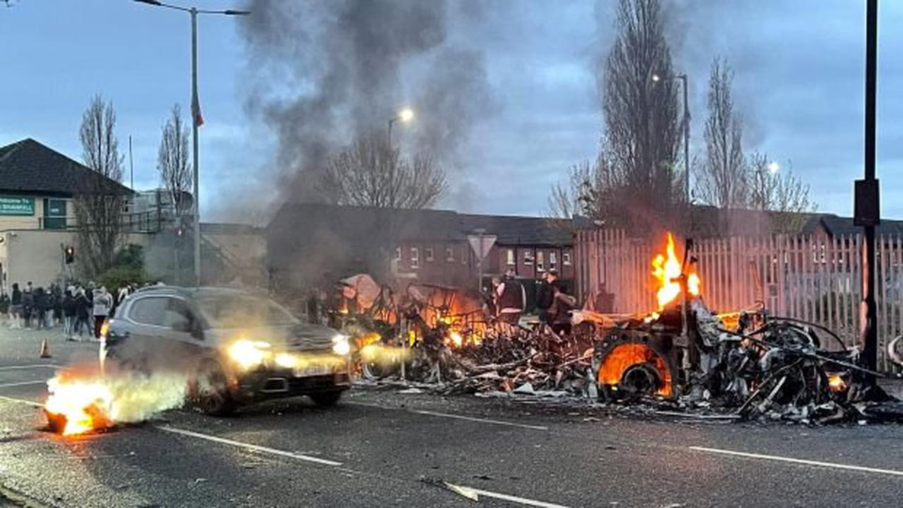 Northern Ireland Executive calls for end to 'deplorable' street violence