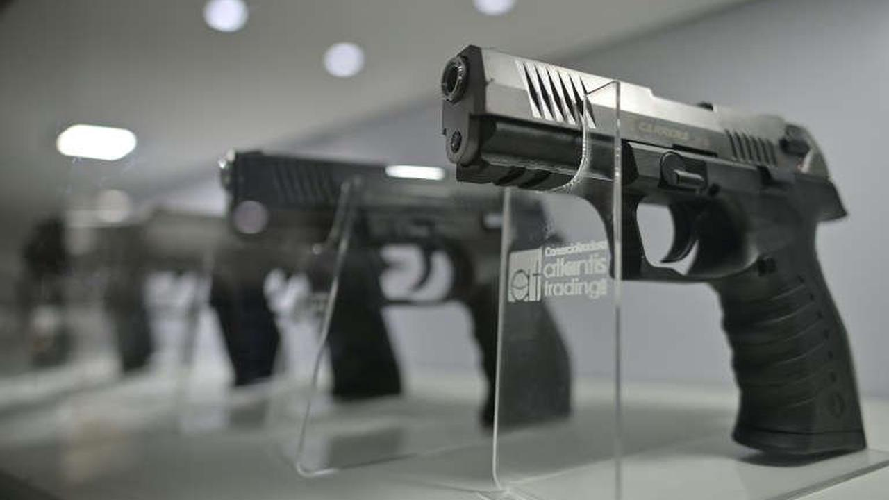 'Non-lethal' guns -- a deadly scourge in Bogota