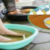 Trempez vos pieds dans du vinaigre pour soigner de nombreux problèmes de santé