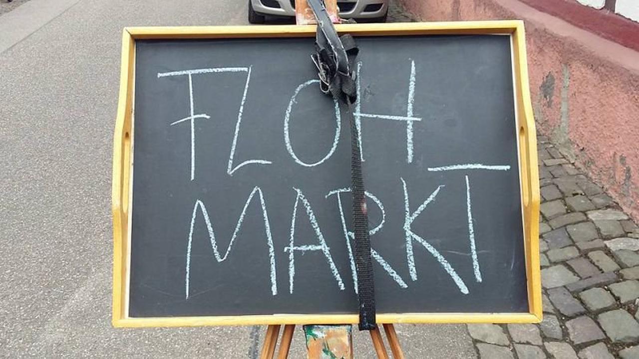 Charity-Flohmarkt für Flutopfer an der Ahr in Karlsruhe-Knielingen