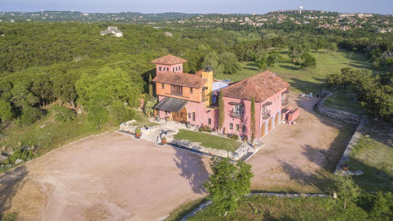 Exclusive 27-acre Austin estate near Barton Creek flows onto market