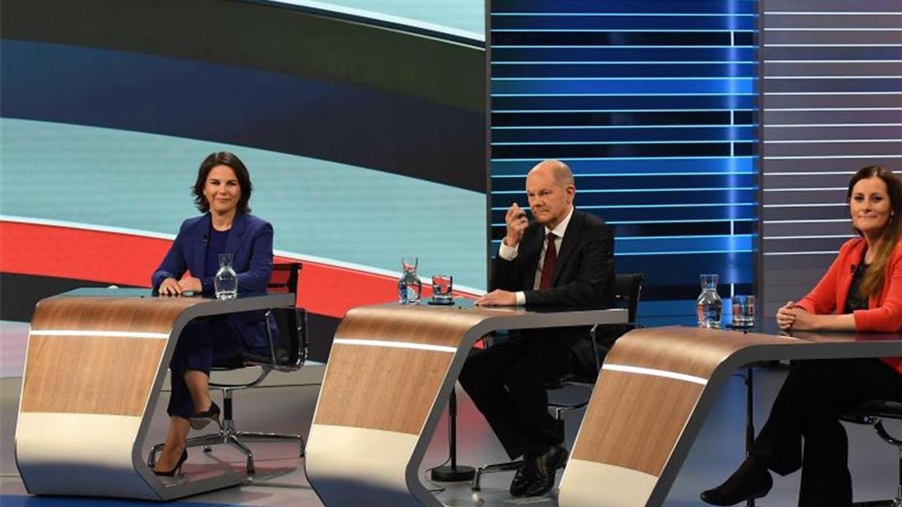 TV-Wahlkampfrunde - Streit über Verteidigung und Finanzen