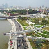 A V-Shaped Floating Bridge With No Support System In The Heart Of Russian Capital, Moscow (PHOTOS)