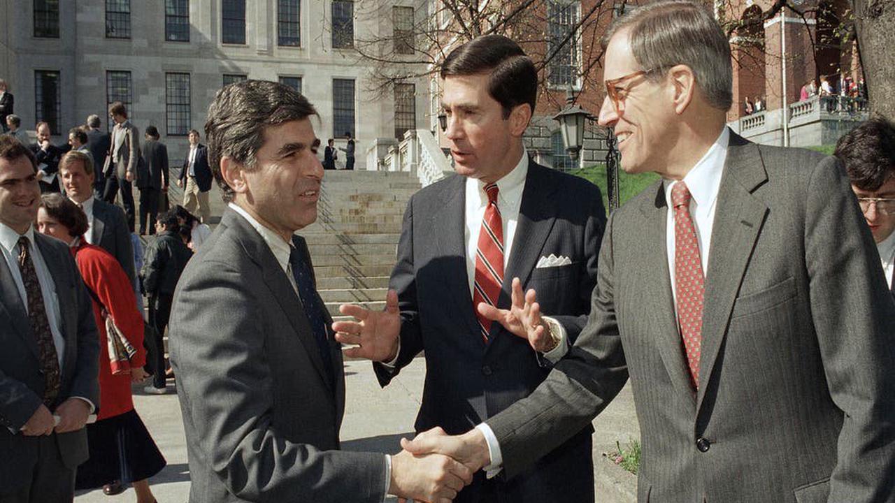 Former Delaware governor and presidential hopeful Pete du Pont passes away