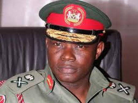 Meet the Yoruba Man who's the highest ranking officer in the Nigeian Army (Photos)