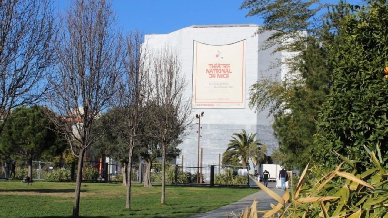 Confinement : le maire de Nice demande la mise en place d'un couvre-feu