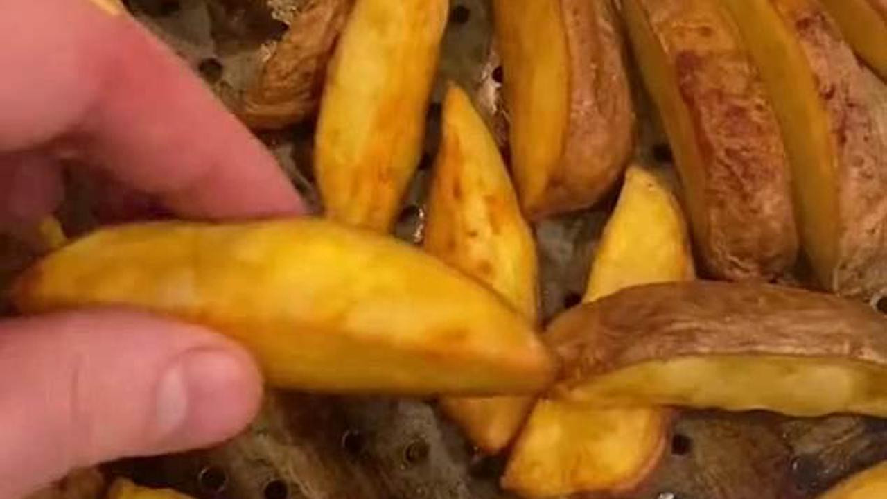 'Stop buying frozen and takeaway chips NOW': Chef shares his simple secrets for making the best crunchy homemade spuds