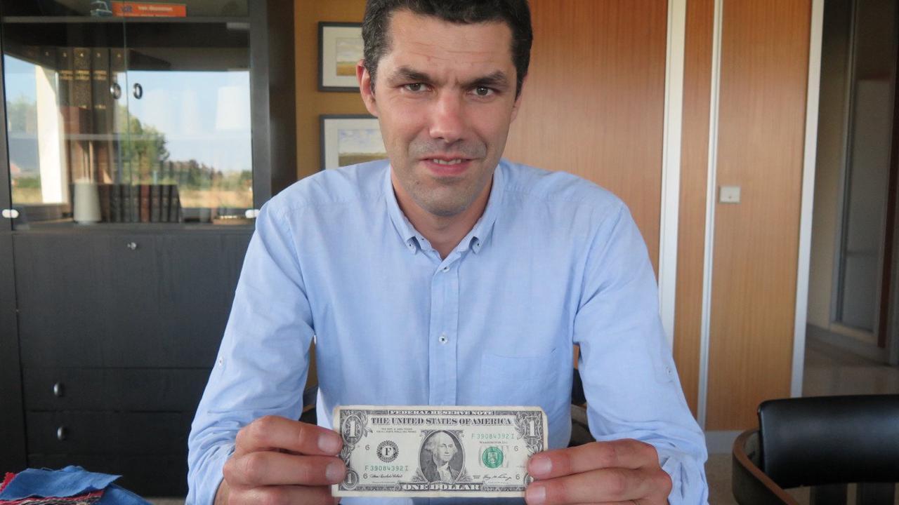 Grâce à Van Robaeys Frères, il y a du lin des Hauts-de-France dans les dollars américains !