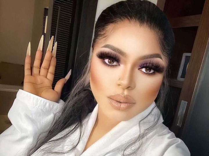 Discrete relationships are the best, stop posting your boyfriends online - Bobrisky tells ladies 3