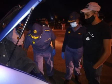 Gauteng: Many arrested on saturday night as top cop led a roadblock search
