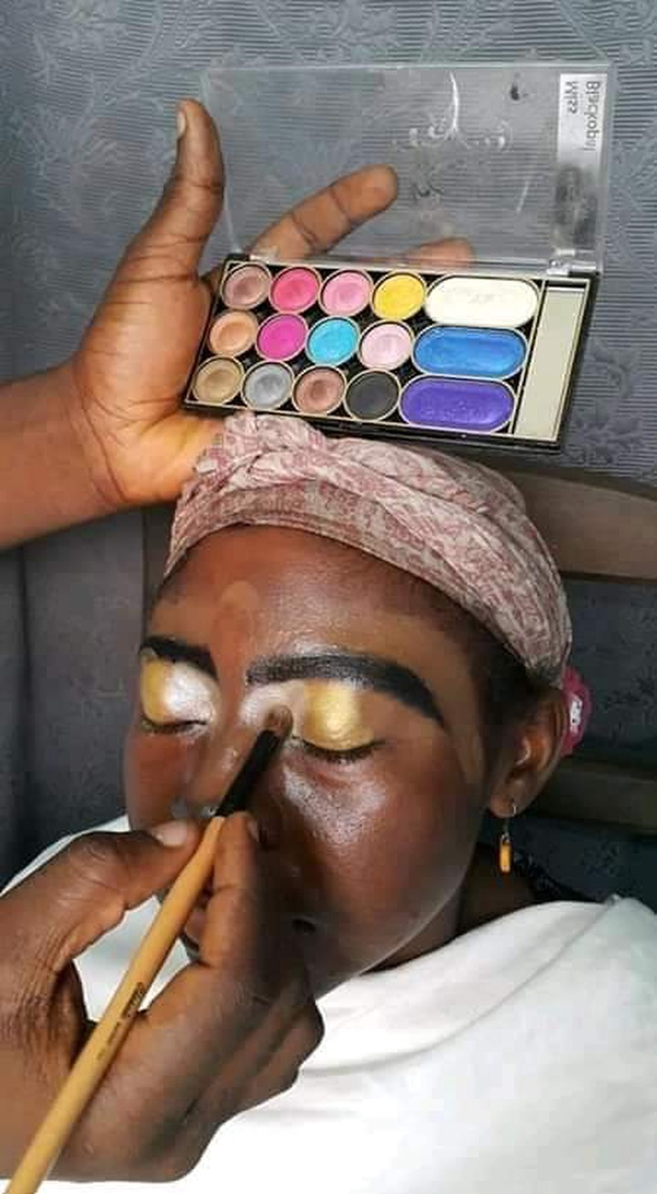 Oh My Gosh!! This Lady's Makeup Is Making Everyone Talk- Can You Wear This Kind Of Makeup?