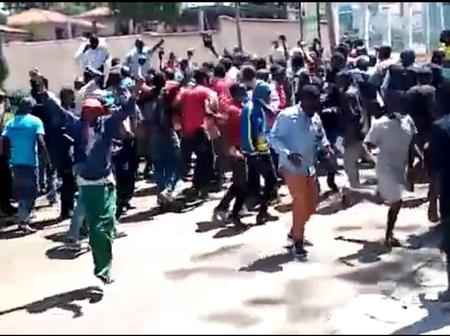 Paid youths storm UDA offices demanding 2k for heckling Raila in Burma market.