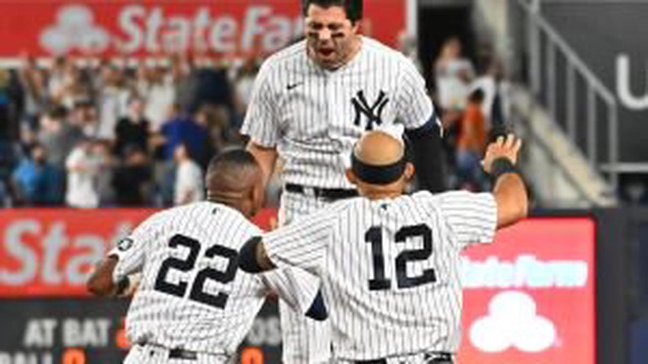 Yankees sink Phillies on pinch hit walk-off in extra innings