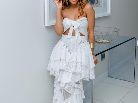 See Dintle from Scandal looking different yet dazzling in recent pictures, see this.