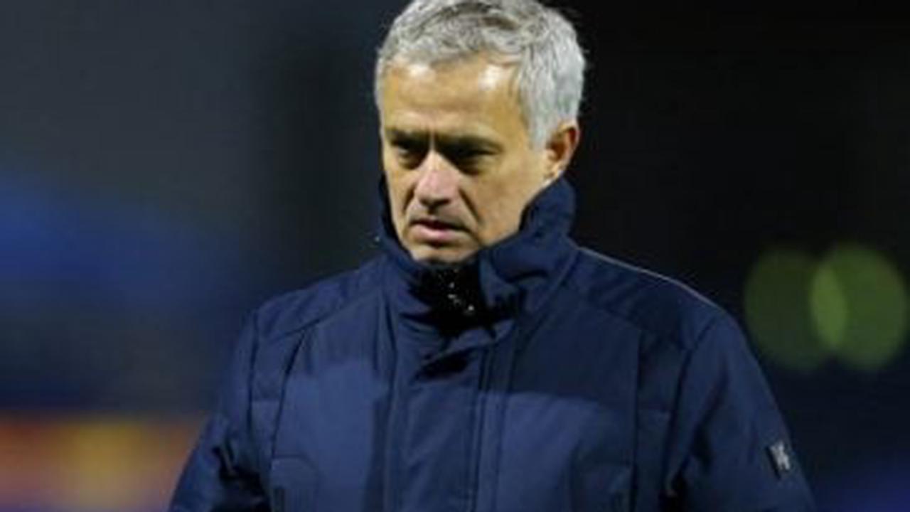 José Mourinho et la Roma en pincent pour Lenglet