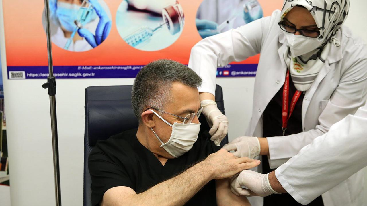 Turkey vaccinates 1 million residents with Chinese vaccines