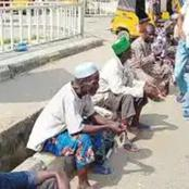 Don't Ever Give Your Money To Any Beggar, If You Notice These 3 Things