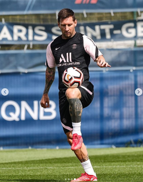 [Photos] Lionel Messi's first training at PSG