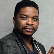 Dr tumi left shaken after thief stole his phone